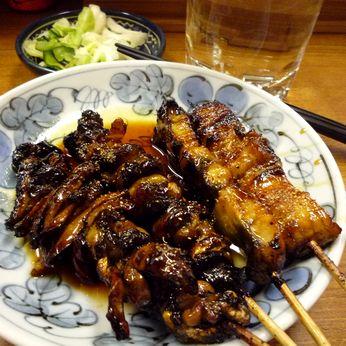 「丸富」の肝焼と串焼