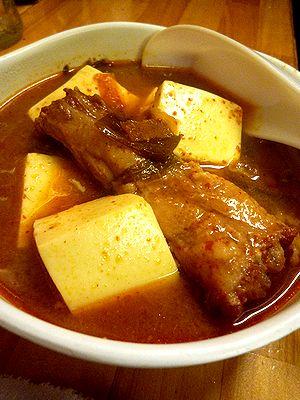 トンビ(豚尾)豆腐