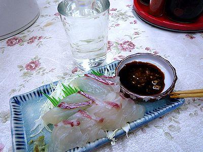 鯛刺身と清酒一級