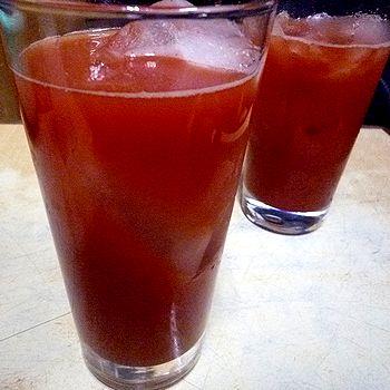 最後はトマト割で乾杯