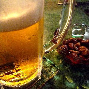 生ビールといかり豆
