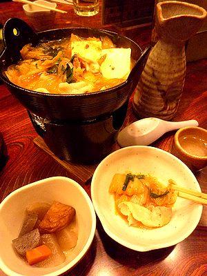 キムチ鍋で燗酒