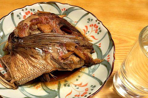 鯛かぶと煮で千福燗酒