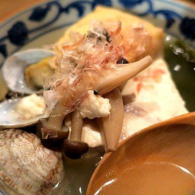 だしで食す湯豆腐