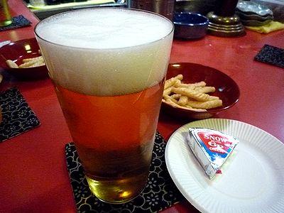 生ビールとつまみ