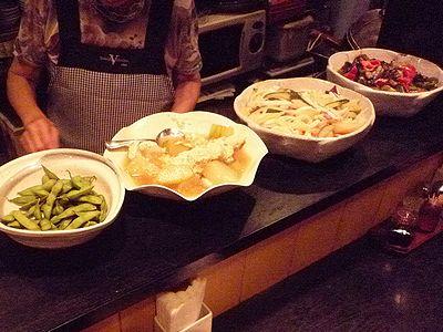 手料理「一歩」の大皿料理