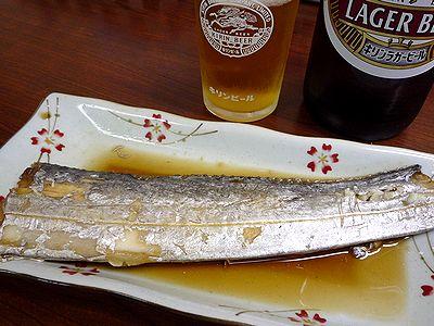 太刀魚煮つけでビール