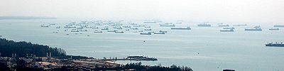シンガポールの沖には船がいっぱい!