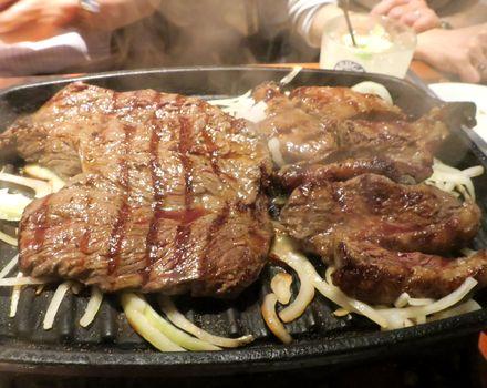 ステーキの盛り合わせ