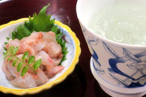 鯛の塩辛と麦焼酎